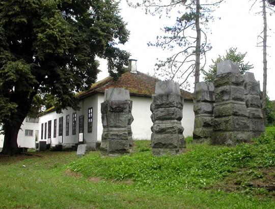 Bela_Crkva,_mesto_podizanja_ustanka_7._jula_1941._-2