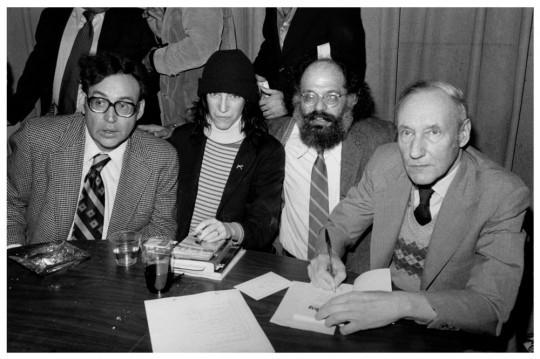 Carl_Solomon,_Patti_Smith,_Allen_Ginsberg_and_William_S._Burroughs en.wikipedia.org