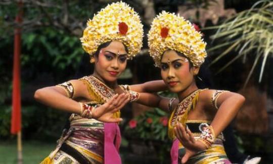 Kriss Dancers