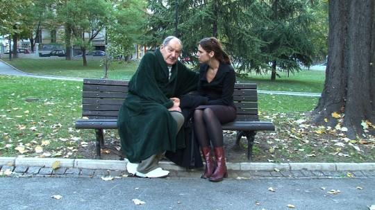 Ana i Vlasta u parku 01