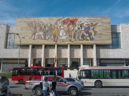 Trg, Tirana