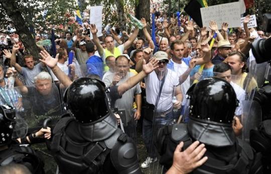 protesti-radnici_680_438_s_c1