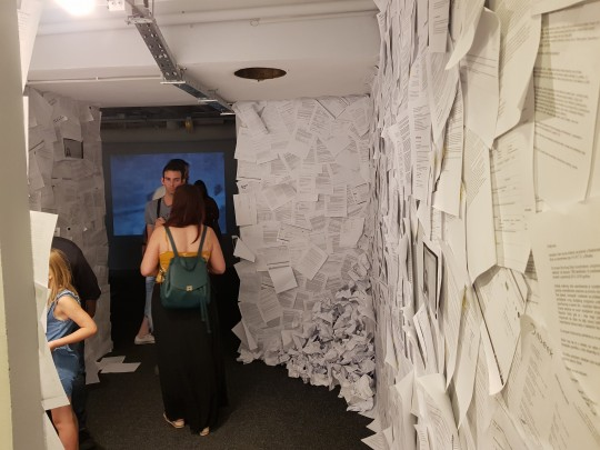 Pokretnica kolektiv, Soba sudbine. Foto Vladimir Jeric Vlidi